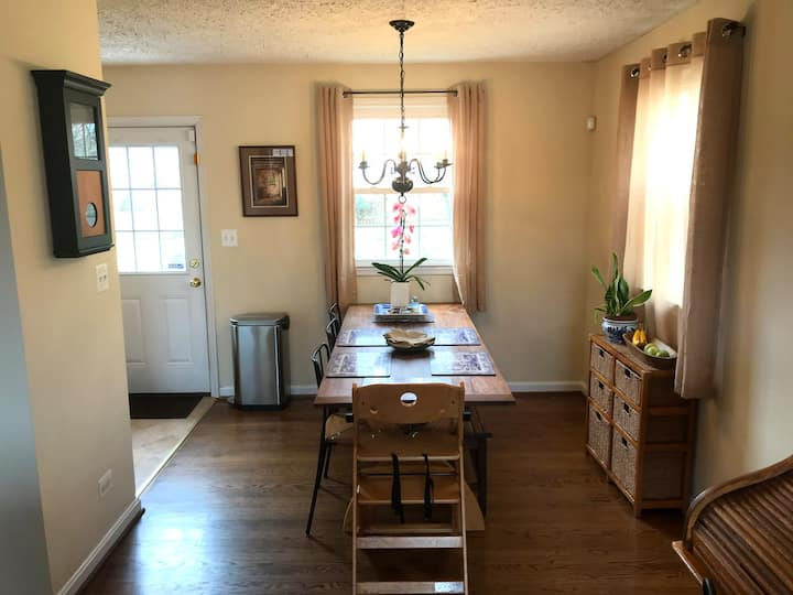 Family-friendly 3BR on quiet street in Belmont