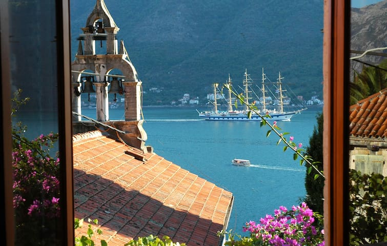 Lovely Perast apartment - bay view - Perast - Huoneisto