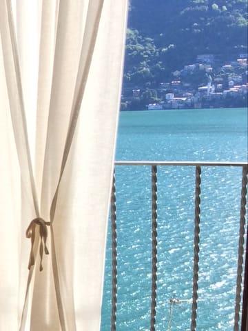 """Apartment""""The Rock"""" Lake Como"""