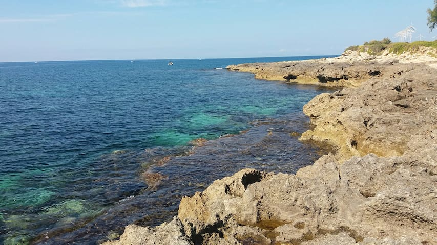 Villa A DUE PASSI DAL MARE Salento Taranto