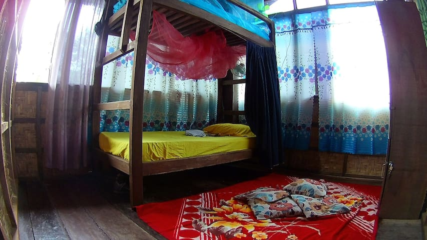 The Aerie - Footprints Homestay