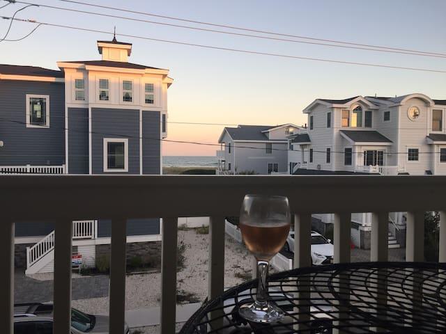 Dream condo by the ocean
