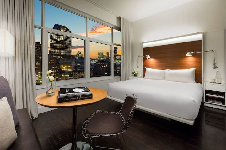 High floor king bed, your sanctuary in SoHo