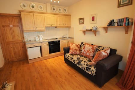 Self contained one bedroom flat - Donegal