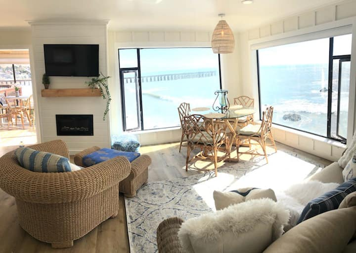 Beautiful Oceanfront Condo with Views!