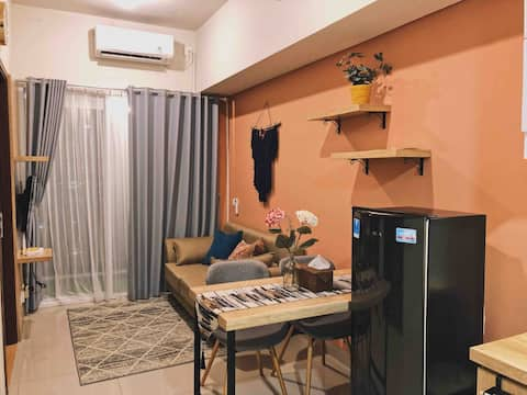 Comfy 2BR Parkland Avenue Apartment BSD Serpong