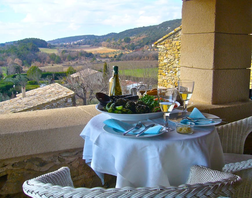 Winter lunch on the terrasse
