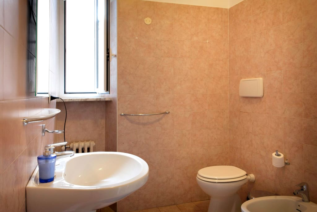 Macao Rooms-Double private bathroom