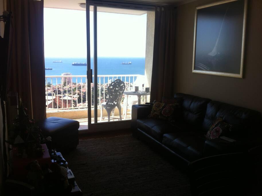 Terraza con Vista Panorámica a la Bahía