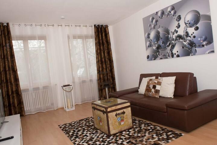 Exklusive 2 Zimmer Wohnung zum Wohlfülen - Augsburg - Leilighet