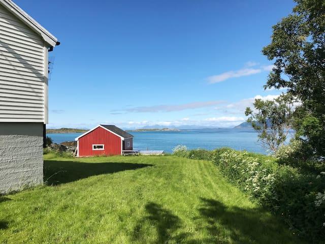 Hus ved havet i Lofoten, Gimsøy