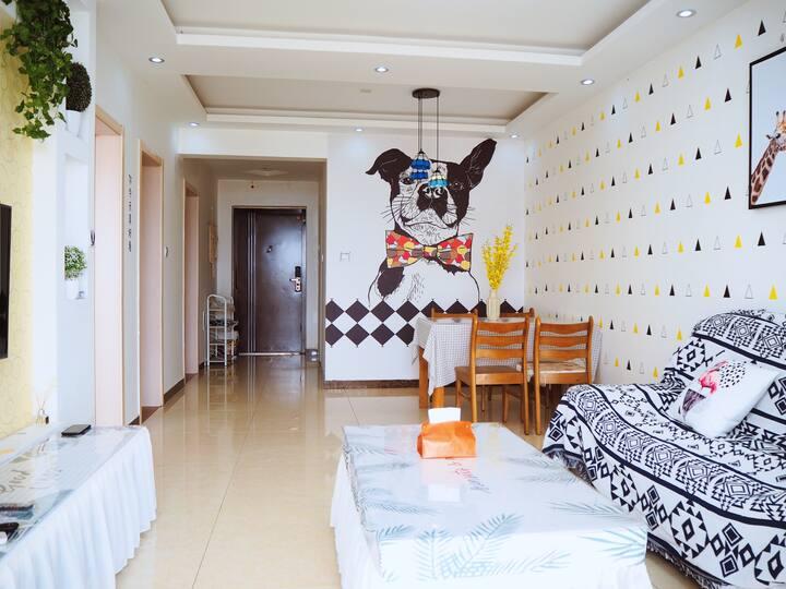 「鸢·轻觅」中央街后现代简约风格两居公寓