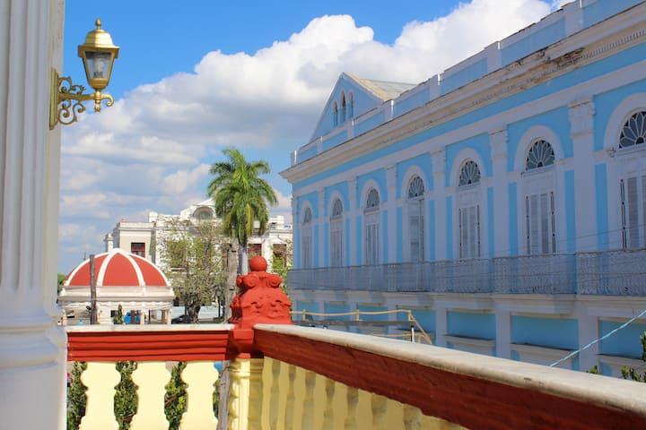 Colonial Martha 1 (Alojamiento Centro Cienfuegos)