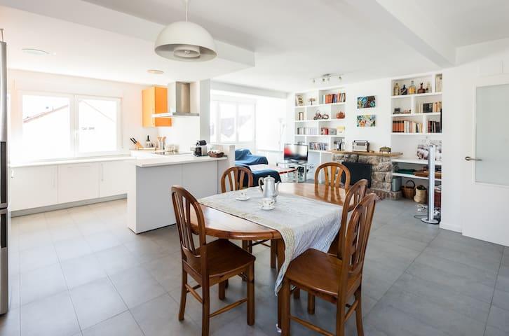 Precioso piso con chimenea