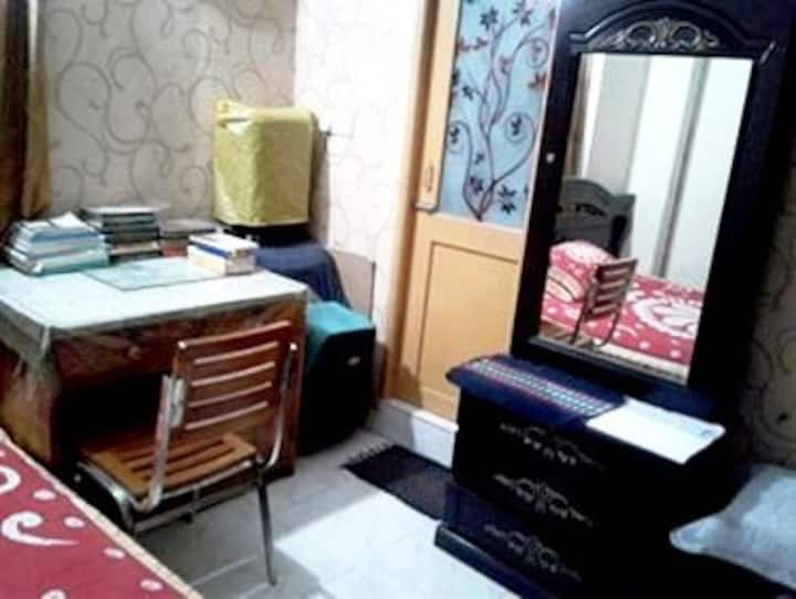 Highly Secured, Clean & Comfortable En-suite@Dhaka