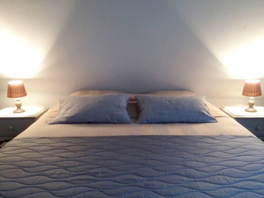 Heerlijk tweepersoons bed