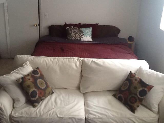 Ground floor Suite - sleeps 3-4