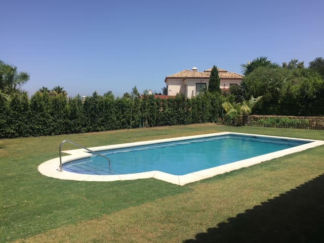 Beautiful Spanish Villa, in exclusive Sotogrande. - Sotogrande  - Hus