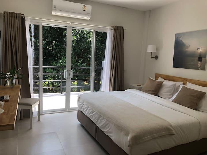 Isara Khao Lak 2 bedroom with pool access C4