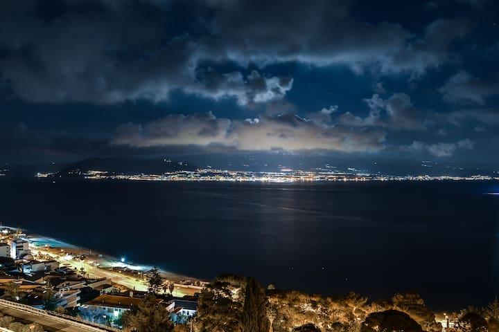 bilocale con veranda sullo stretto di Messina - Mesyna - Apartament