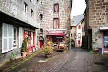 Village médiéval de Besse-et-Saint Anastaise