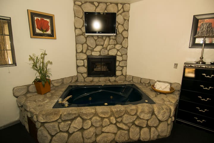 King Spa Suite #49