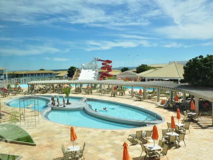 Hotel Lacqua Diroma II com piscinas Termais