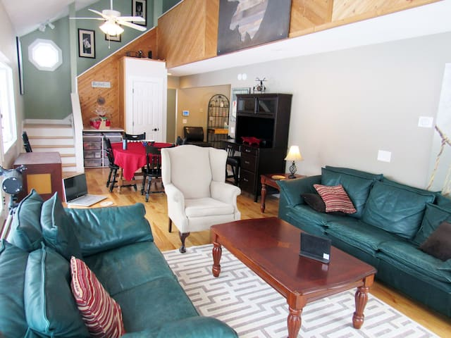 Beautifully Furnished Property w/ Expansive Layout