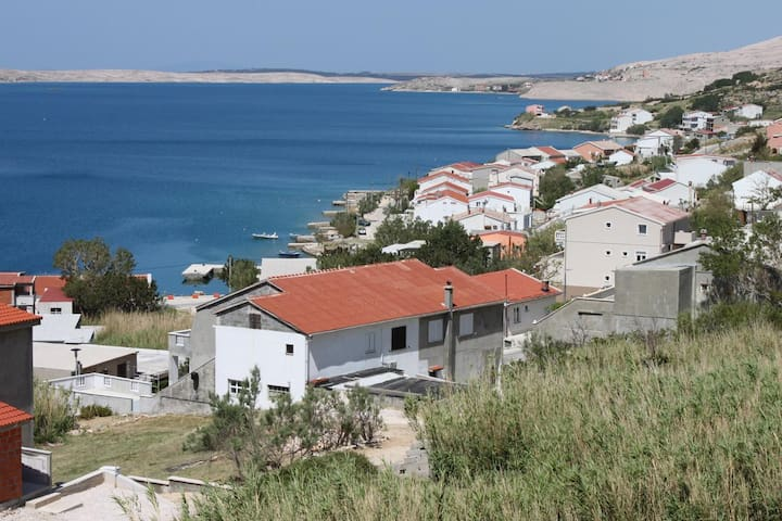 One bedroom apartment with terrace and sea view Metajna, Pag (A-4127-b)