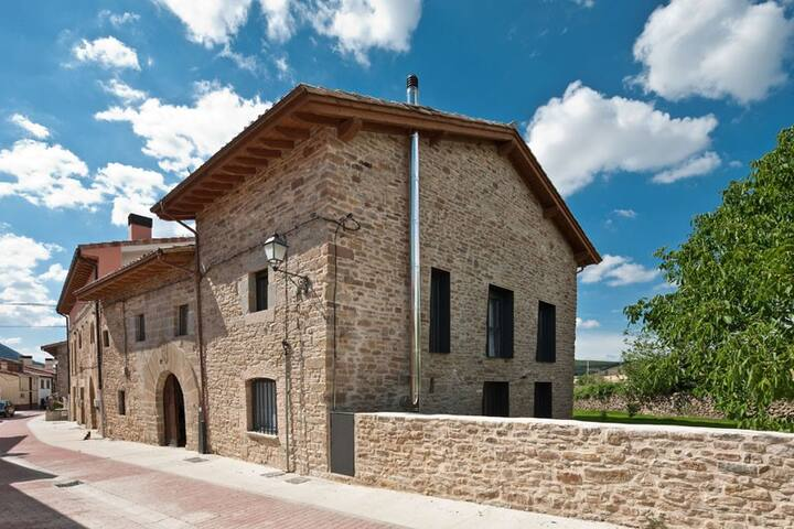 Charming house near Pamplona