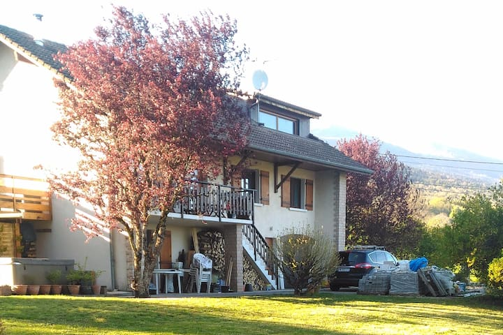 Lovely apartment close to ski station/ CERN/Geneva