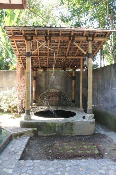 Kolam Berendam