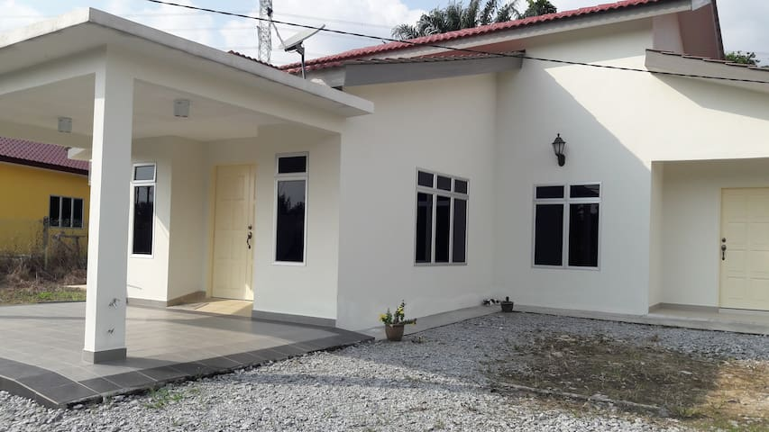 1+1 House with Malaysian village experience