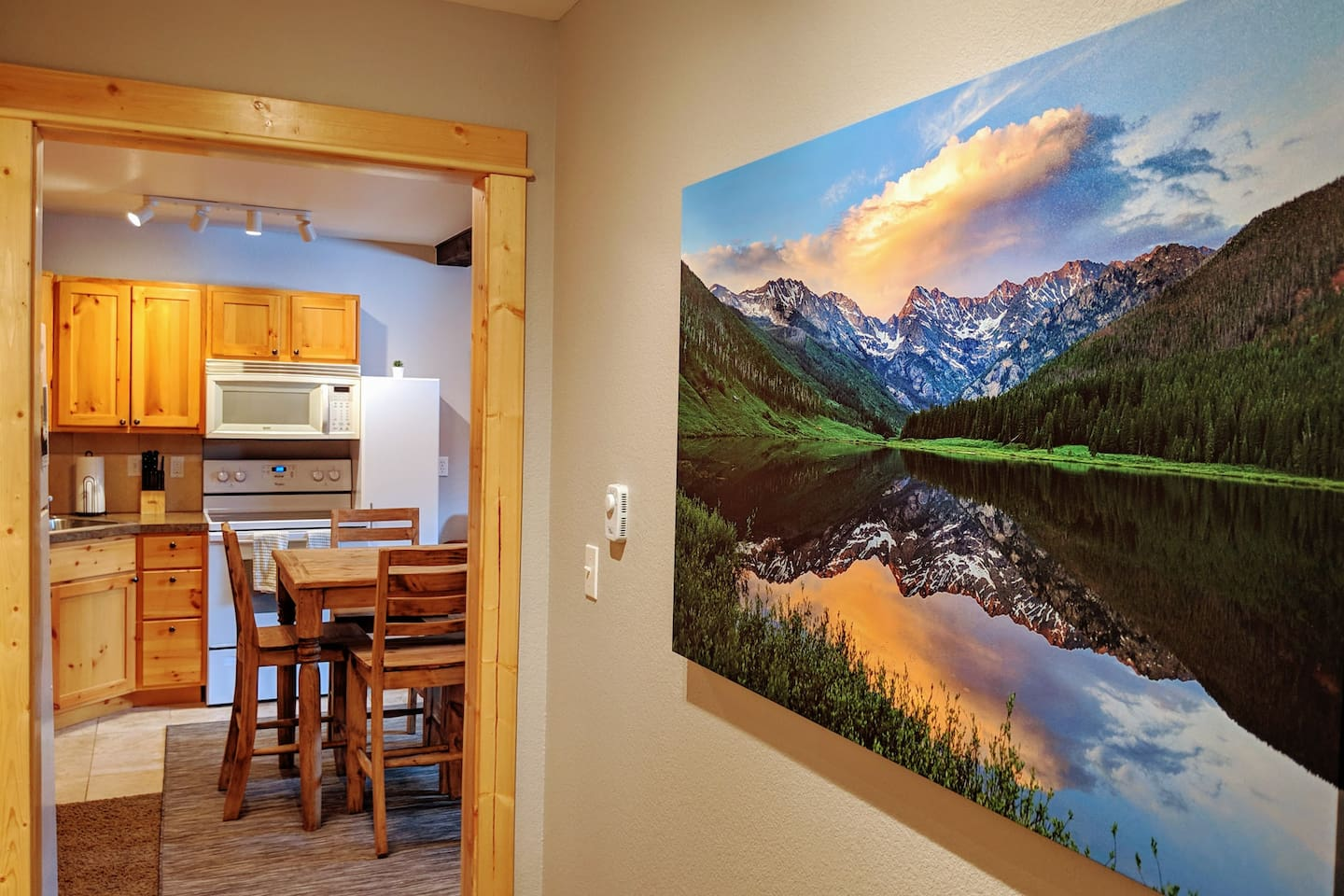 The apartment is 700 square feet, sleeps 4, and is just steps away from the heart of downtown Estes Park!