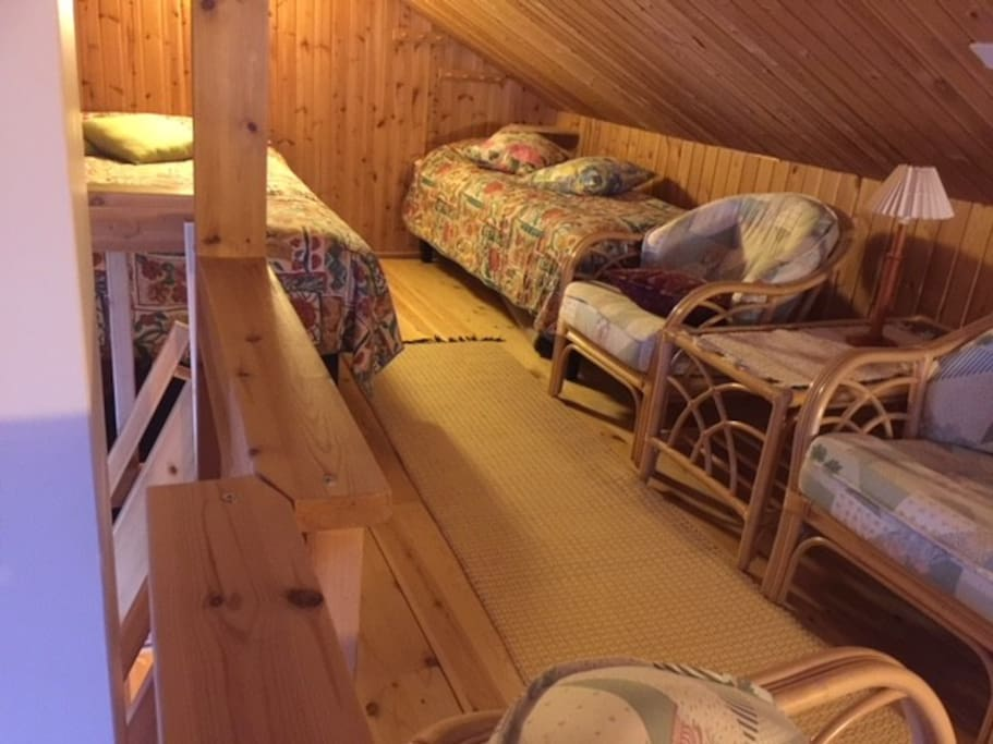 Parvi balcony 3 beds one double