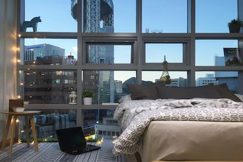 MyeongDong 803 ♥Big City Window♥ +Free WiFi