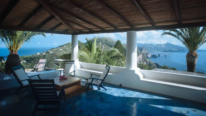 Typical Villa in Lipari, great view