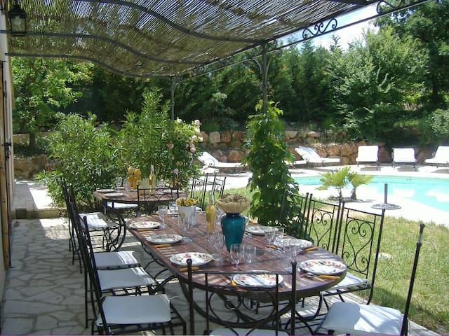Bastide provençale avec piscine - Lorgues - Huis