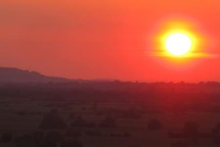 Glastonbury, amazing panoramic views and sunsets