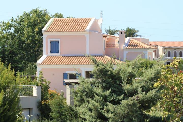 Two quiet countryside villas near beach/Argostoli - Minia