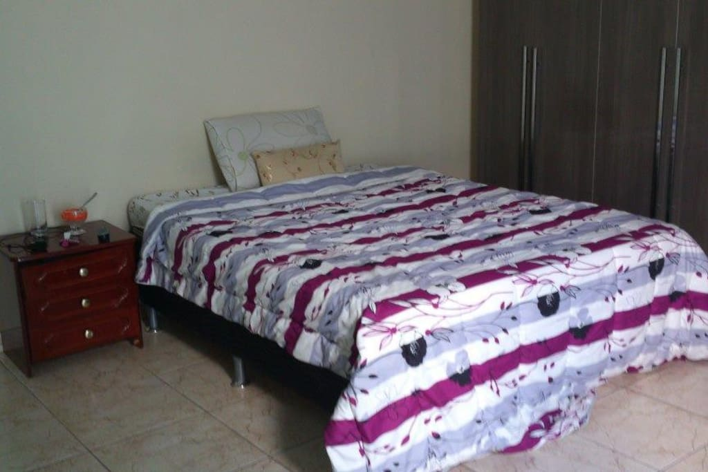1 Bed and 1 coach-bed available in the room