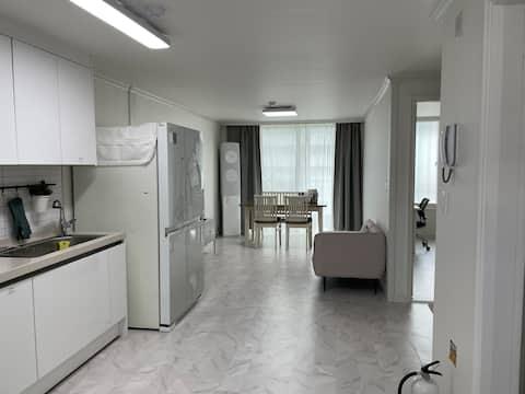 Casa entera (25 pies cuadrados, habitación 2, sala de estar/baño)/Vivir un mes en Mokpo Young Cancer (46% de descuento)/Viajar, viajes de negocios/remodelación
