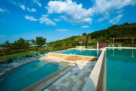 Antica Fonte Resort, apartments - Casole d'Elsa - Квартира