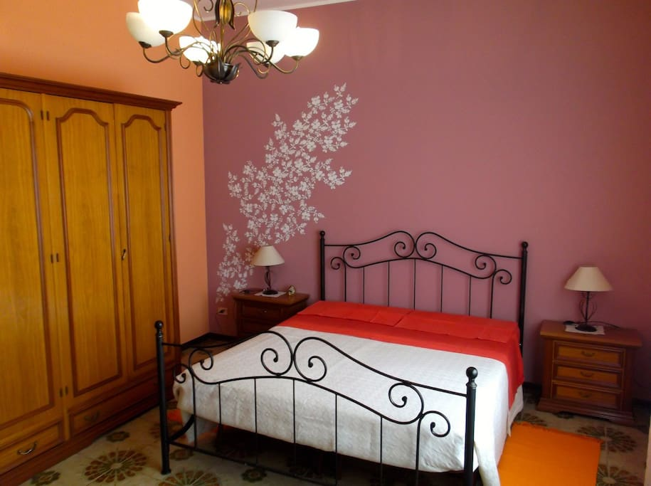 zagare singles Zagare picture gallery  accommodation type  double room  mq18 - double bed plus one single bed included in the room rate: breakfast, air conditioning, free .