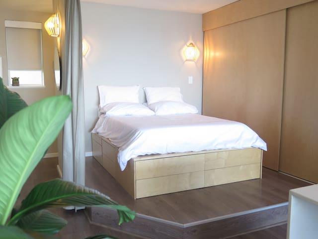 Clean and minimal Bedroom