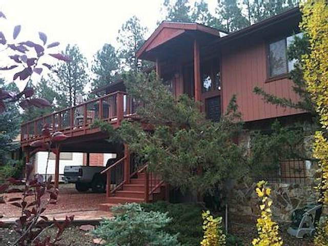 Quadmanor Vacation Rental - Munds Park - House