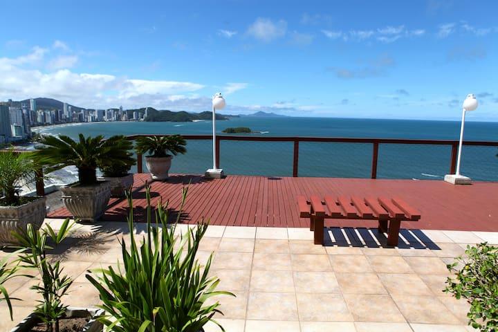 Ed. Frente ao Mar(2 quartos)