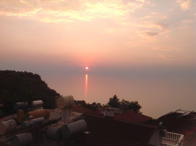 Great location and ocean view! - Alanya - Apartamento