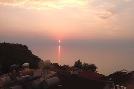 Great location and ocean view! - Alanya - 公寓