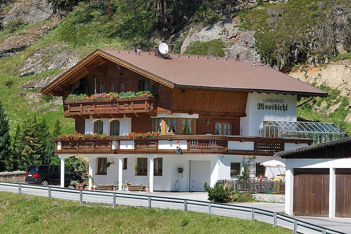 Landhaus Moosbichl - Sölden - Appartement